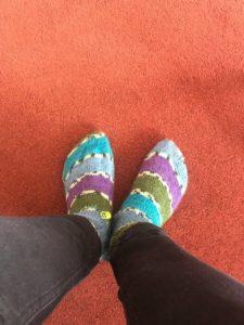 Knitting socks flat